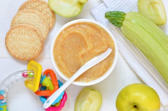 التغذية السليمة للأطفال الرضع